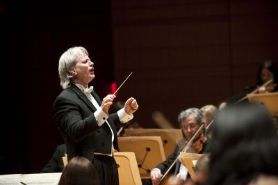 Pacific Symphony Plays Mozart—the Final Concertos