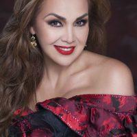 Aida Cuevas: Totalmente Juan Gabriel