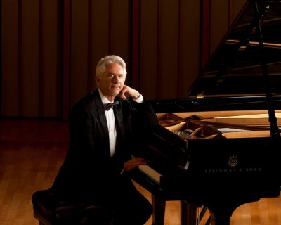 Livestream: David Benoit Trio